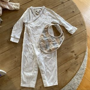 NWOT Burberry crossover romper and bib